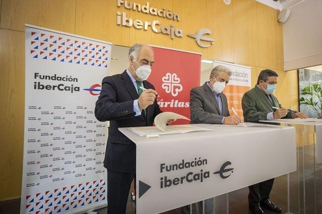 Convenio Sumando Empleo. Fundación Ibercaja, Fundación CAI y Cáritas Aragón-La Rioja 2020