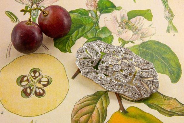 Monte de Piedad La Caja de Canarias - Subasta online de joyas junio 2021 - Broche estilo Art Deco